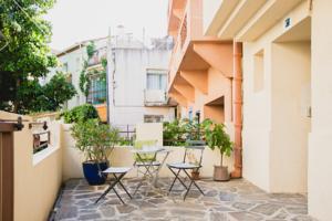 Rue Voltaire Apartment