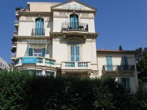 Hôtel Carlone