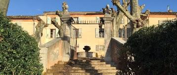 Chateau De Beaucouse