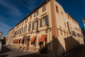 Logis Hôtel Moderne et Pigeon