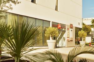 Hotel ibis Marseille Centre Euromed