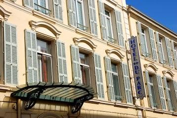 Hôtel du parc**