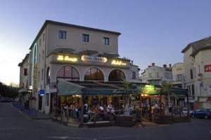 Hôtel de la Bourse***