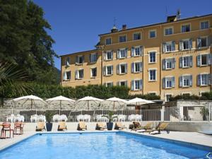 Savoy Hôtel***